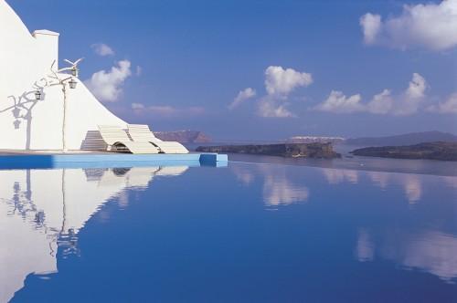 Senior Suite With Private Jacuzzi Sea/caldera/volcano Views (non Refundable))