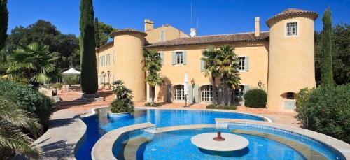 Chateau Les Provence Bleu