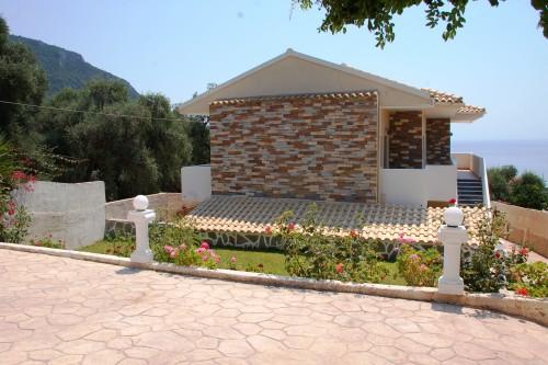Villa Paramonas