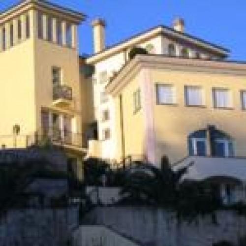 Villa Nina - Family Room