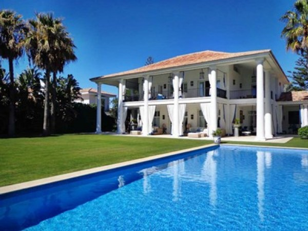6 Bedroom Luxury Villa In Marbella