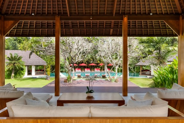 Close To The Beach With Canggu Club Access, Villa The Beji