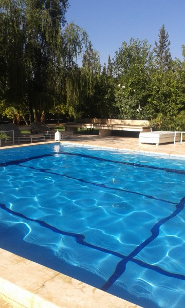 Villas Taos-pool Villa With Fulltime Houskeeper And No Vis-avis