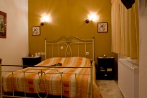 Chorostasi Guest House - Kelyfos