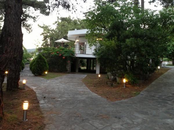 Peluna Villa