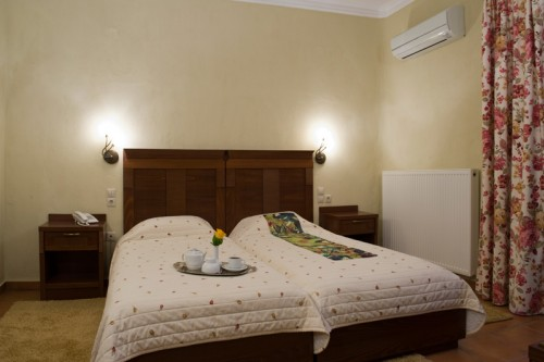 Double/twin Room With Garden View | Dellas Boutique Hotel