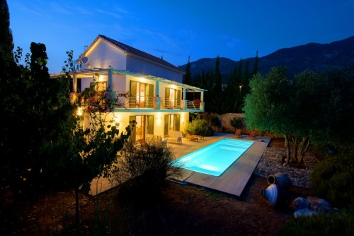 Deluxe 3 Bedroom Villa Telina Ideales Resort