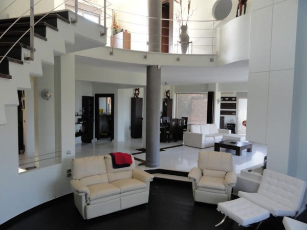 A Provarma Hills Villa