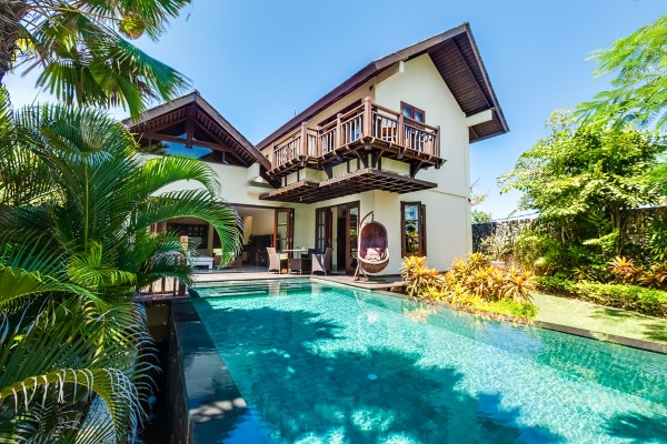 Beach Club 3 Bedrooms Villa Gita With Private Butler And Car Driver