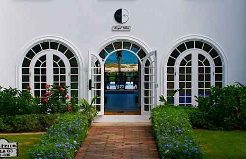Half Moon Royal Villas - 6 Bedroom Ocean Front Villas